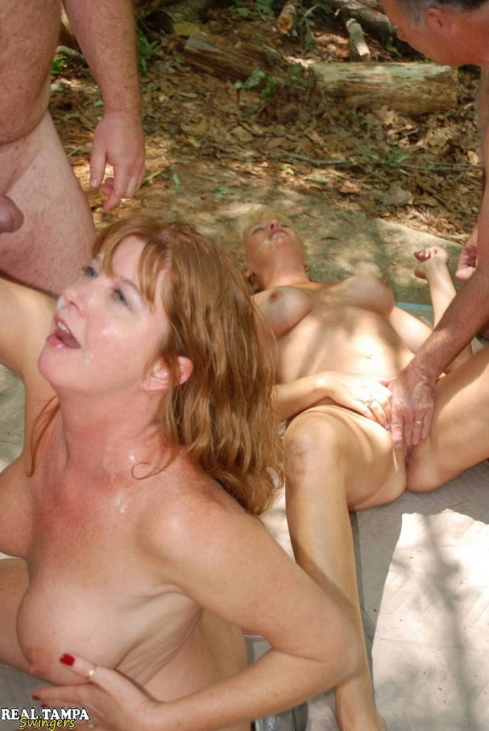 RealTampaSwingers - Mature Sluts Tracy and Dee Dogging In The Public Park real amateur swingers housewives